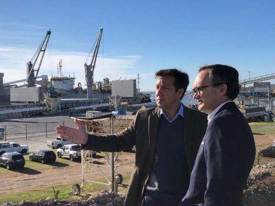 """Idígoras: """"Quequén es el puerto estratégico del sur para la diversificación y la industrialización"""""""