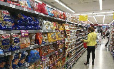 Los supermercados remarcaron todos los productos antes de aplicar