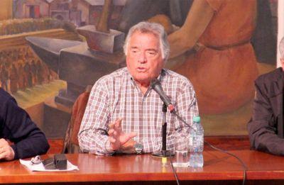 """Barrionuevo: los gobernadores """"lo dejaron sólo a Macri"""""""