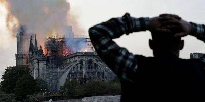 Las tres reliquias de Cristo que estaban en Notre Dame están a salvo