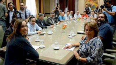 Vidal celebró el acuerdo con los docentes: