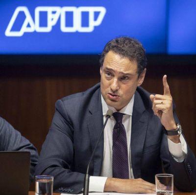 El titular de AFIP confirmó que Macri anunciará nuevos planes de pago para impuestos