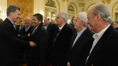 El gobierno excluyó a los sindicatos como sujetos habilitados para realizar aportes de campaña