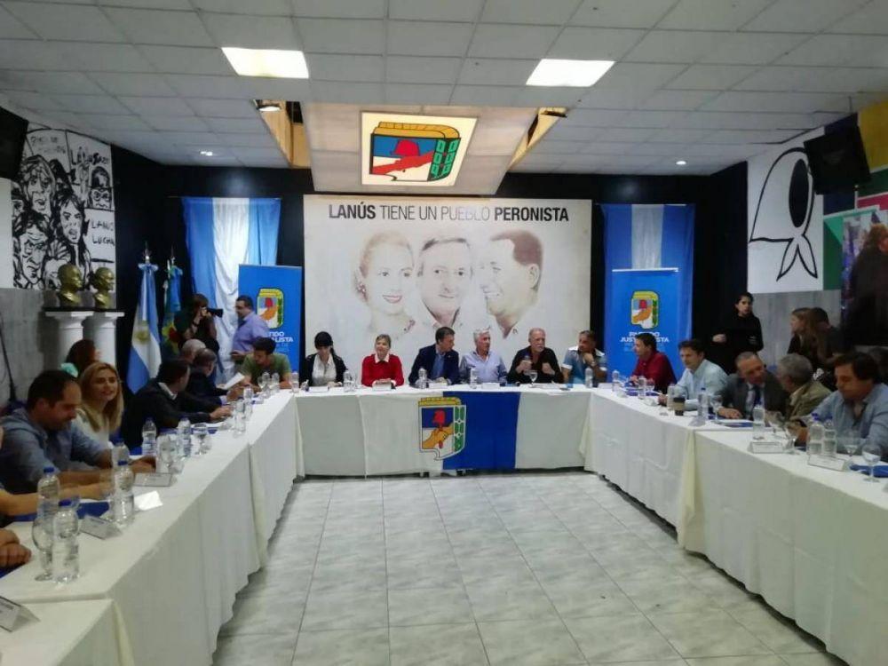 El PJ ultima detalles contra el decretazo de Macri y Vidal
