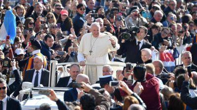 """""""La Iglesia agradece a quien ha salvado Notre Dame, que sea coral la reconstrucción"""""""