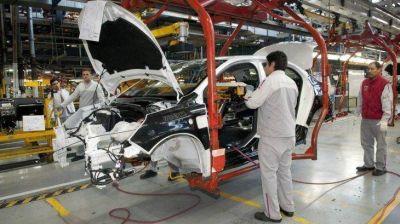 El plan anti-autos eléctricos de las automotrices para sobrevivir en la próxima década