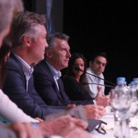 Macri resiste y convoca a los gobernadores de Cambiemos