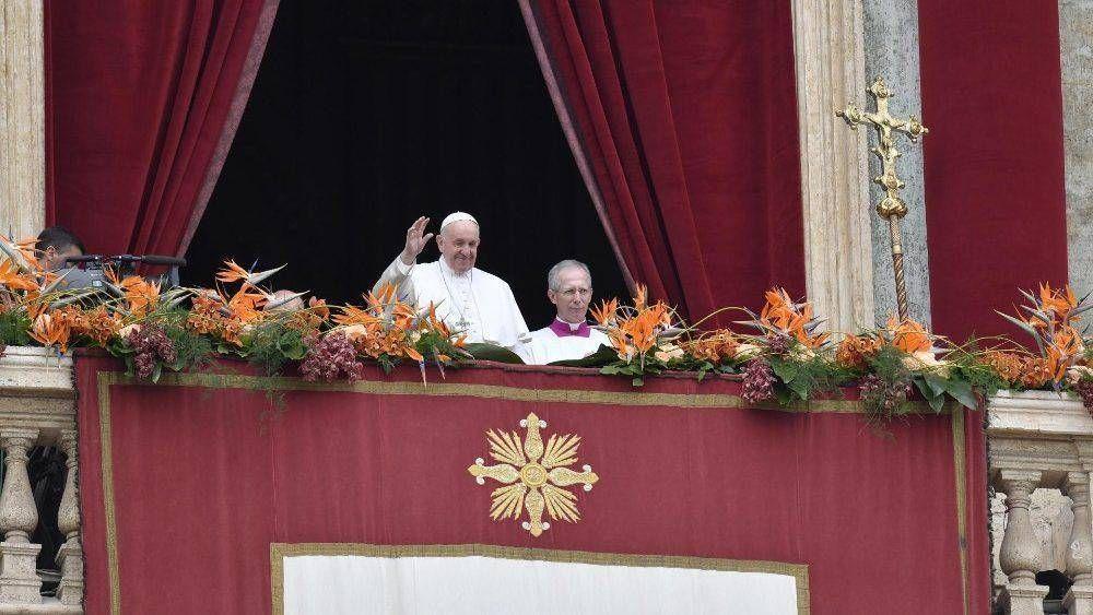 Papa en Bendición Urbi et Orbi: Promover diálogo no la opresión