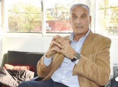 """Gustavo Blanco: """"La decisión de seguir adelante con los proyectos ha primado sobre las grietas"""""""