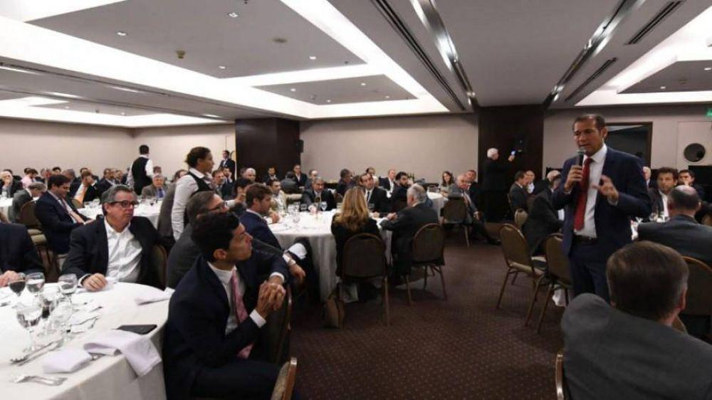 Gutiérrez pidió una ley para exportar gas y petróleo libremente