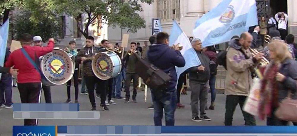 Trabajadores de Luz y Fuerza se movilizaron en Córdoba