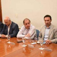 Provincia expuso a los intendentes su propuesta de pago a CAMMESA