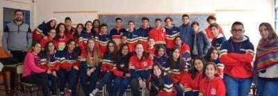 """Más de 300 chicos de la Escuela """"Lucio Lucero"""" se capacitaron en reciclado de RSU"""