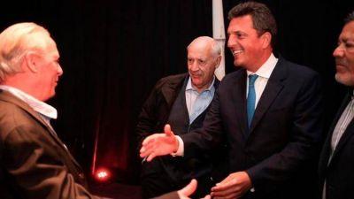 Sergio Massa y Roberto Lavagna se mostraron juntos en un congreso sindical