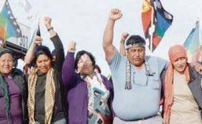 Alerta en petroleras por inédito fallo que absolvió a mapuches