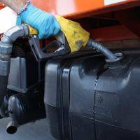 Expendedores en alerta por las consecuencias del virtual congelamiento de los precios de los combustibles