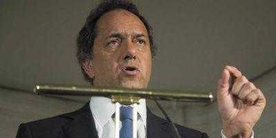 Ante gremios, Scioli ratificó que quiere ser candidato y prometió lugares en la lista