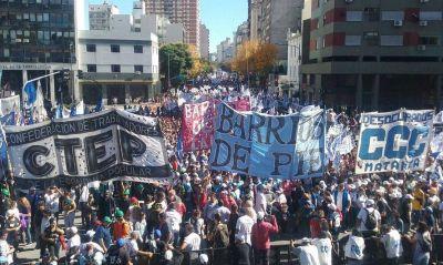 El moyanismo convocó a movimientos sociales para darle volumen al paro del 30
