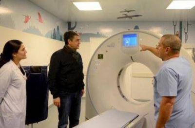 Vicente López incorporó un nuevo tomógrafo de alta tecnología en el Hospital Housay