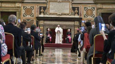 Papa Francisco: la Biblia no es una colección de libros para estudiar