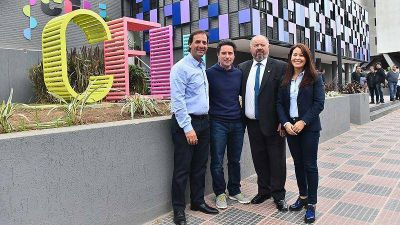 Ariel Sujarchuk y Gabriel Sánchez Zinny recorrieron el nuevo Centro de Educación Lúdica Interactiva