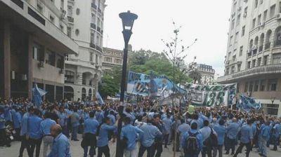 El paro gana volumen y suma a una porción de la UTA que se rebeló contra Roberto Fernández