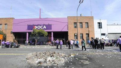 Con 7 mil empleos en juego, el Gobierno y Moyano administrarán OCA hasta su venta