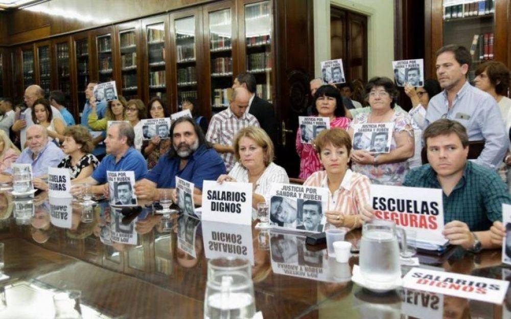 La Provincia ratifica convocatoria a discutir salarios docentes en julio