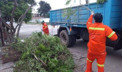 Continúan los trabajos simultáneos de higiene urbana en distintos barrios