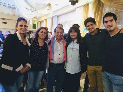 Representantes locales en congreso del MSR