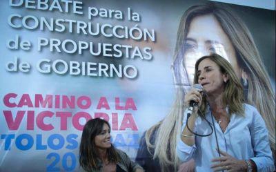 """Tolosa Paz presentó su plan de gestión con críticas al gobierno local: """"Garro es el caos platense"""""""