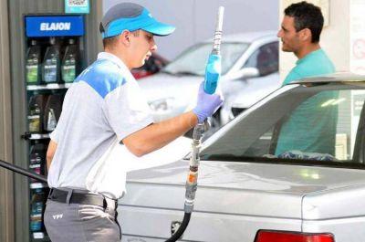 YPF aumenta los precios de los combustibles 4 por ciento promedio en todo el país