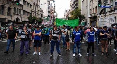 Sin la CGT, Moyano y las CTA arrancan un nuevo paro contra Mauricio Macri