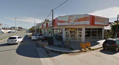 La crisis sigue golpeando a la ciudad, supermercado local cerró una de sus sucursales