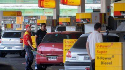 Axion baja los precios de sus naftas por los aumentos menores de YPF y Shell