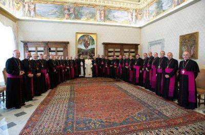 """Ante Mestre, el Papa dijo estar """"dolido"""" por la polarización del país"""