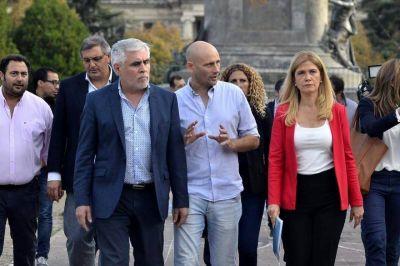 Con Magario a la cabeza, intendentes peronistas presentaron petitorio a Vidal y pidieron audiencia