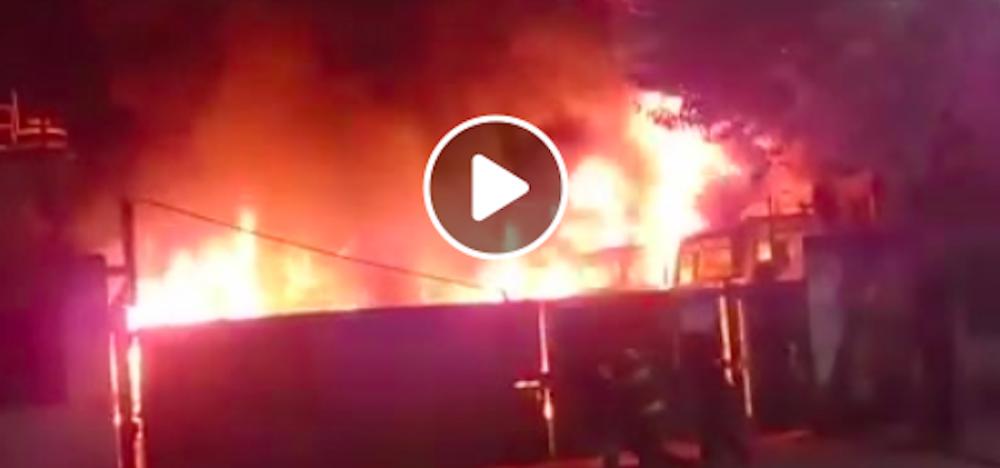 Puerto San Martín: un incendio destruyó las instalaciones de una empresa