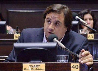 Iriart volviò a reclamar el congelamiento y la pesificaciòn de las tarifas