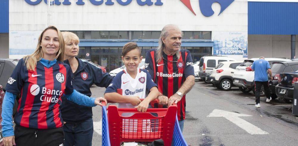 El sueño de San Lorenzo de volver a Boedo da un paso más: cerró el Carrefour de avenida La Plata