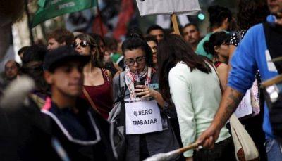 Macri lo hizo: récord de pedidos del subsidio por desempleo
