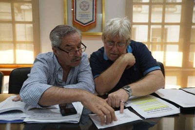 Carlos Minucci y Felipe Solá denunciaron