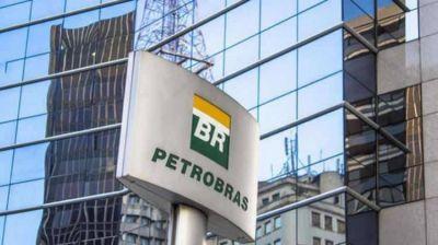 Si el viernes Petrobras despide trabajadores de MontevideoGas, aplicarían medida de no surtirle combustible