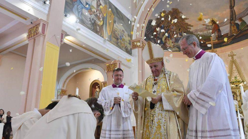 El Papa: Dios necesita a los niños para difundir su alegría