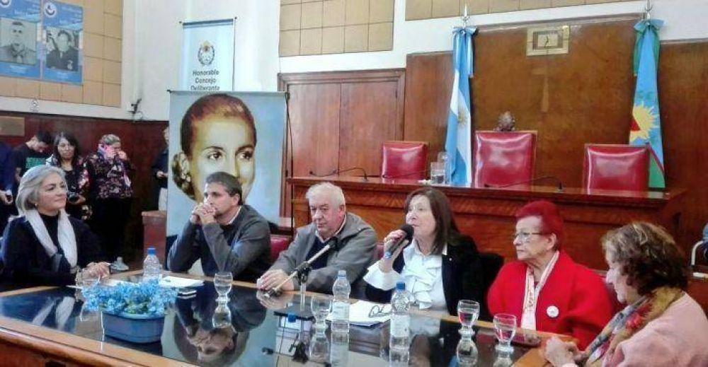 Emoción y reconocimientos en el HCD en homenaje a Evita