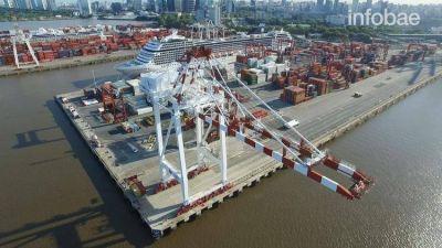 Otra vez una medida de fuerza gremial paraliza la actividad portuaria, marítima y fluvial de la Argentina