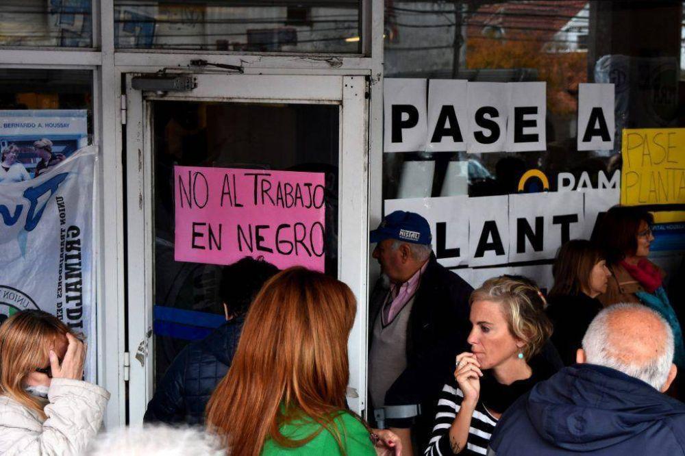 Trabajadores del PAMI denuncian precarización laboral y malos tratos