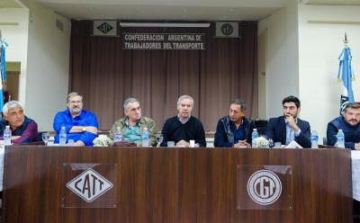 """Felipe Solá: """"El transporte es un eje estratégico para el desarrollo"""""""