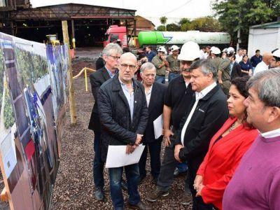 Peppo encabezó el inicio de obra de una planta de energía renovable en Puerto Tirol