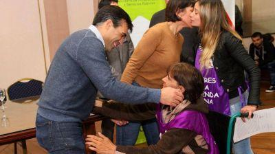 Lopéz entregó 40 casas: La mitad fueron para el grupo Mujeres por una Vivienda Digna